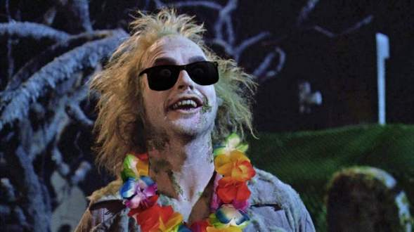 beetlejuice-2-beetlejuice-goes-hawaiian-photo-u2
